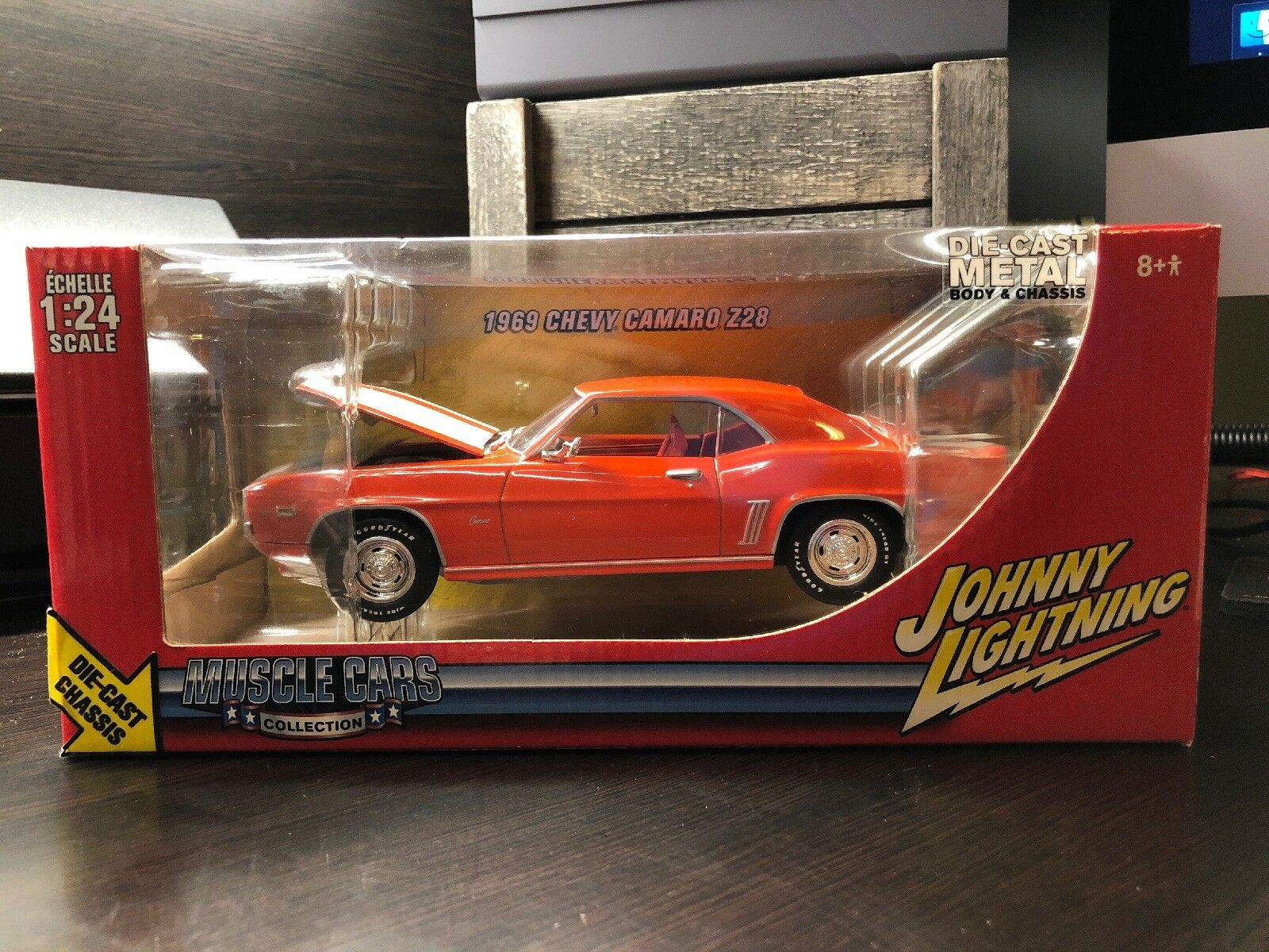 2005 JOHNNY LIGHTNING MUSCLE MUSCLE MUSCLE CARS COLLECTION 1969 CHEVY CAMARO Z 28 1;24 NIP fdcfd9