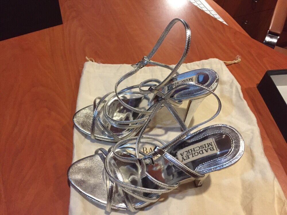 Badgley Badgley Badgley Mischka Silber Leather Heels Wedding Stiletto Embellished Strap Zip 6.5M 55135d