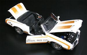 1972-HURST-Oldsmobile-Pace-Car-1-18-GMP-1805601
