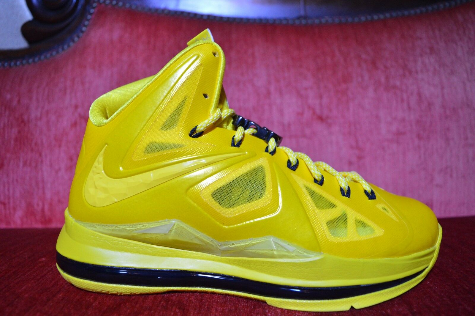 NEW Nike Lebron X 10 Must Be The Honey Size 7.5 Honeywell PE Sample Nelly Bee