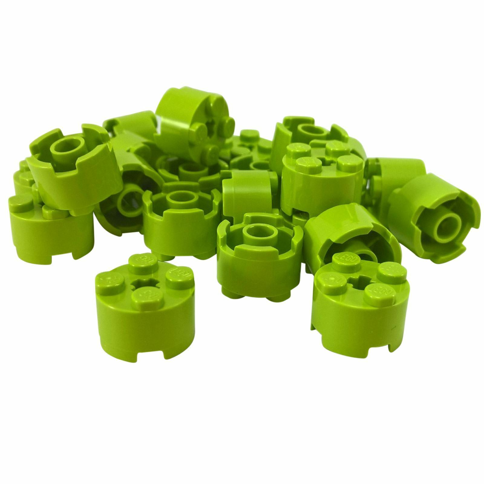 LEGO 4032 ROUND PLATE 2x2 AXLE HOLE GREEN QTY x 15 BRAND NEW