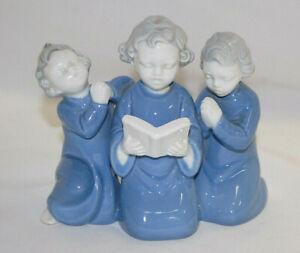Gerold-Porzellan-Porcelain-Figurine-6217-Bedtime-Trio-Saying-Their-Prayers-S8892