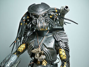 R2099095 celtic predator hot toys 100 complete 16 model figure image is loading r2099095 celtic predator hot toys 100 complete 1 voltagebd Image collections