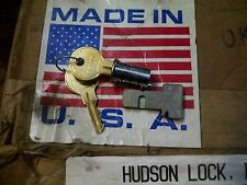 2 Different S Hudson R8009r80 Metal Desk Drawer T Bolt Lock Key Lot