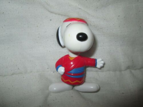 Rare McDonalds Happy Meal Toy Snoopy Peanuts Around The World 1999 Taiwan