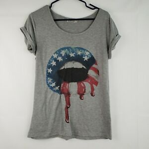 Rehab-Women-039-s-Lips-Patriotic-Blouse-Size-Small-gray-Stretch