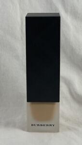 BURBERRY Matte Glow Foundation Luminous 30 mL / 1 Fl Oz ~ 70 MEDIUM COOL ~