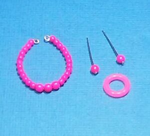 Barbie-Dreamz-NEON-HOT-PINK-MOD-Graduated-Pearl-Necklace-ERs-Bangle-Doll-Jewelry