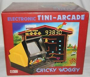 VINTAGE-VTECH-CHICKY-WOGGY-PACMAN-BACKLIT-TABLETOP-GAME-IN-BOX-BOXED-NOS-lsi