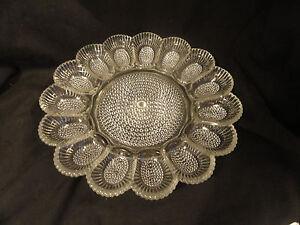 Vintage-Crystal-Pattern-Pressed-Glass-Egg-Plate-11-034
