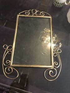 Frame-Victorian-Brass-Original-Highly-Polished-10x7-Frame-Stunning-Wall-Mount