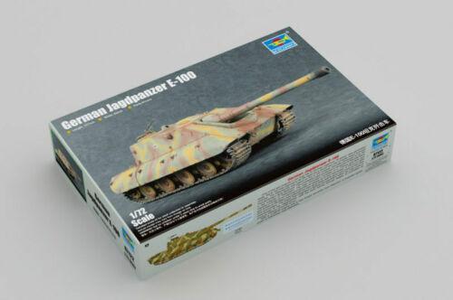 German Jagdpanzer E-100 Tank 1:72 Plastic Model Kit TRUMPETER