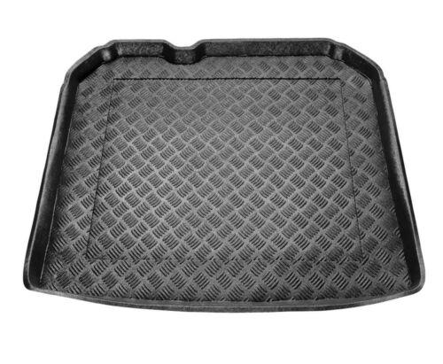 VASCA BAULE BAGAGLIAIO Audi Q3 dal 2011 con kit attrezzi situato nel bagagliaio
