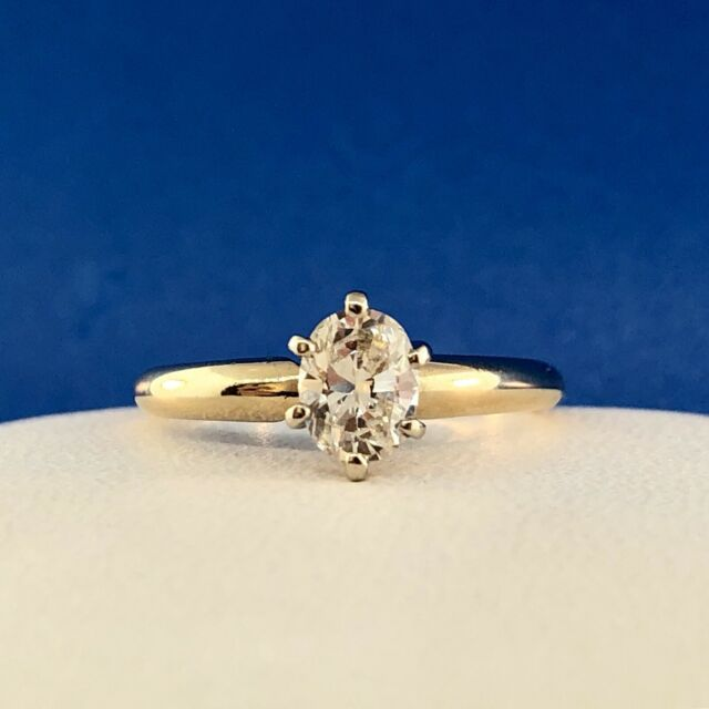 Lovely 14K Yellow Gold Oval Diamond Solitaire Engagement