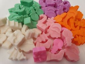 12-Assorted-Christmas-symbols-Scented-christmas-Wax-Melts-Various-Fragrances