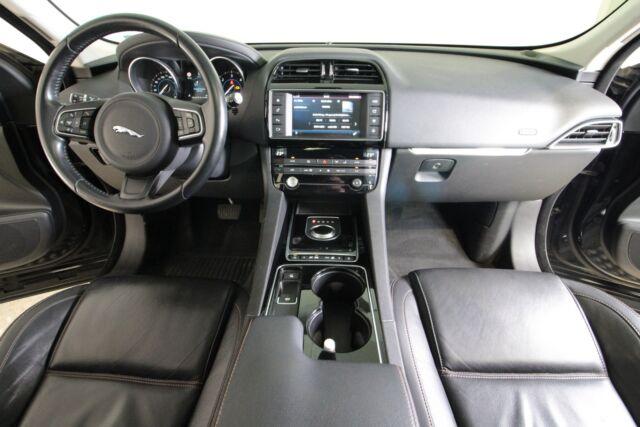 Jaguar F-Pace 3,0 D300 Prestige aut. AWD Van