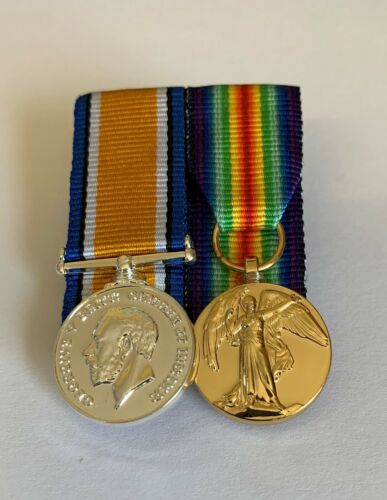 MINIATURE WW1 BRITISH WAR MEDAL AND VICTORY MEDAL COURT MOUNTED MEDAL SET