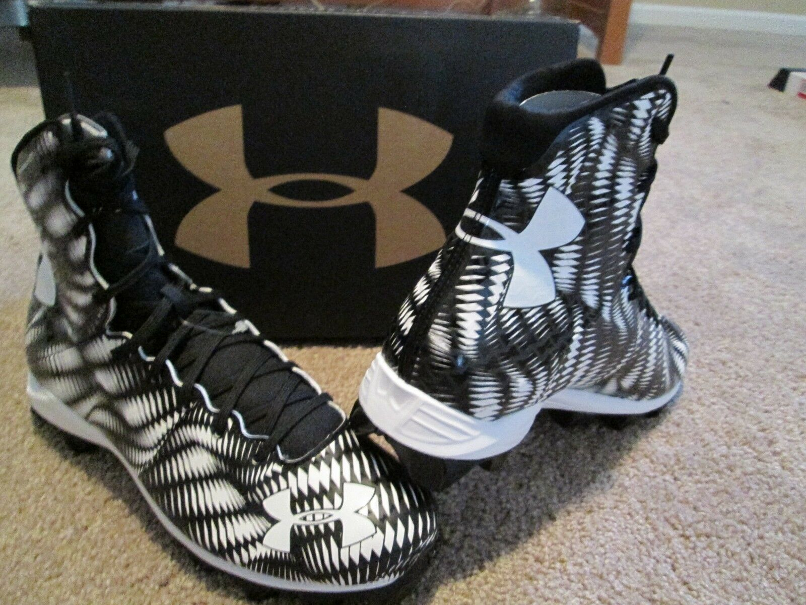 NEW Under Armour Highlight RM Football/Lacrosse Cleats Blk  Blanc 11 FREE SHIP
