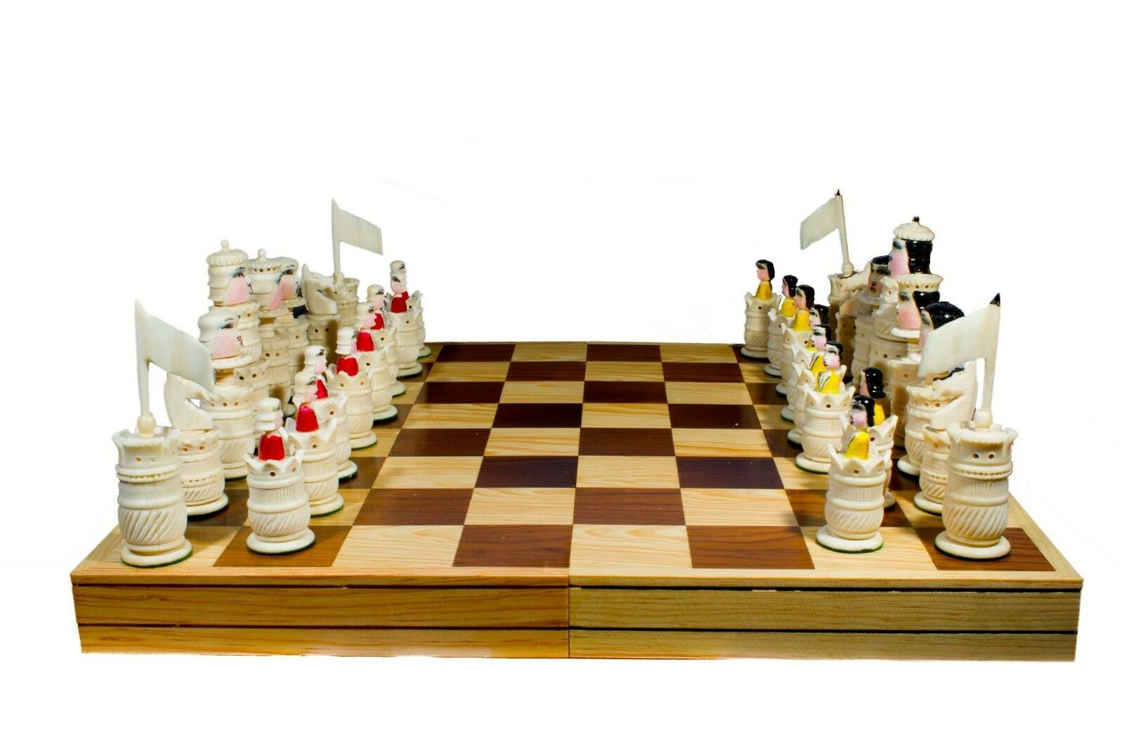 Handmade Chess. 100% Bovine Bone. Foldable Board: 17.7  x 17.7   45x45 cm