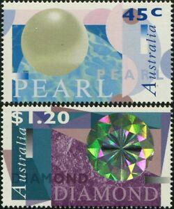 Australia-1996-SG1641-1642-Pearls-And-Diamonds-set-MNH