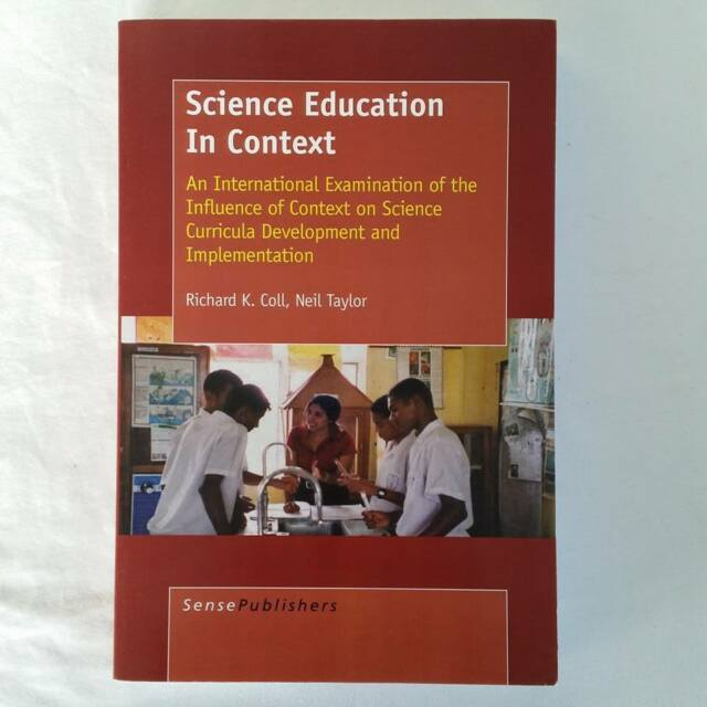 Science Education in Context: An International Examination Coll Taylor Paperback
