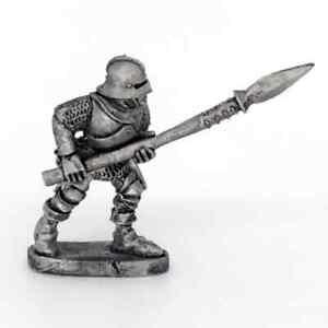 Medieval-Spearman-Advancing-Warhammer-Fantasy-Armies-28mm-Unpainted-Wargames