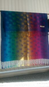 100-cashmire-pashmina-with-multicolour-elephant-design