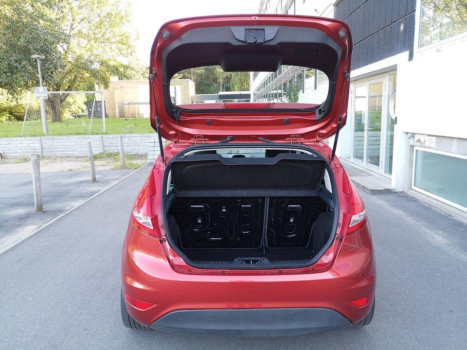 Ford Fiesta, 1,25 82 Trend, Benzin