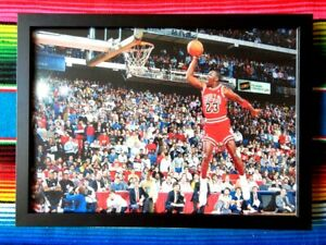 Framed-MICHAEL-JORDAN-Chicago-Bulls-NBA-Basketball-Poster-62-x-44-5-x-3cm