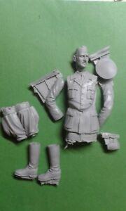 german soldier Adolf scale 1:16 Resin kit 120 mm