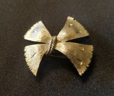 Silver Toned Etched Cow Tie Tack