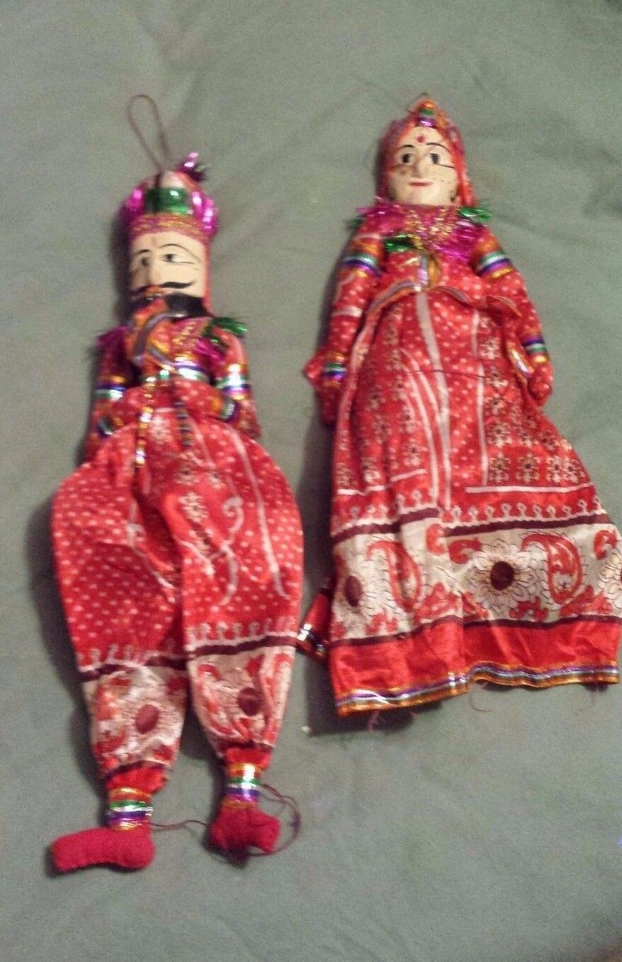 VINTAGE HANDMADE PUPPET DOLLS FROM FROM INDIA FROM DOLLS RECYCLED SARIS AND PAPER MACHE a03b4a