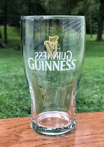 GUINNESS-Est-1759-Brewed-in-Dublin-Double-Harp-Logo-NEW-Beer-Pint-Glass