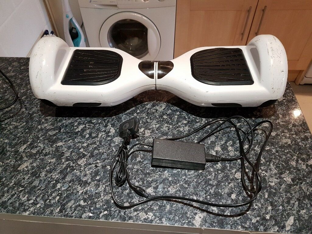 Price Reduced Balance board with charger