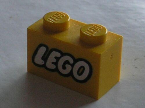 LEGO vintage Yellow brick 1 x 2 with Lego Logo Old Small 3004px12 Set 385 711