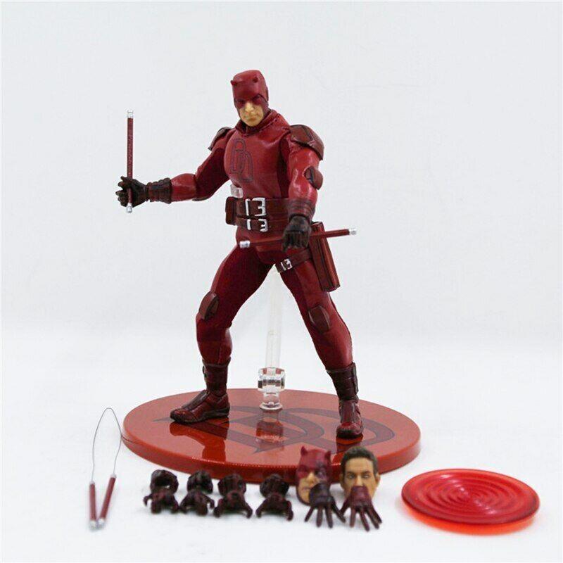 Dare DEVIL Marvel Mezco One 12 Super Eroe in PVC azione cifra da collezione