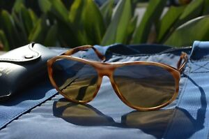 1a227e523963a Vintage Bausch   Lomb Ray Ban Arcadia Mirror Gradient Tortoise White ...