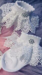 Baby Girls White //Cream Guipure Deep Lace Christening Socks 0//3 Mts ////6//12 Mts