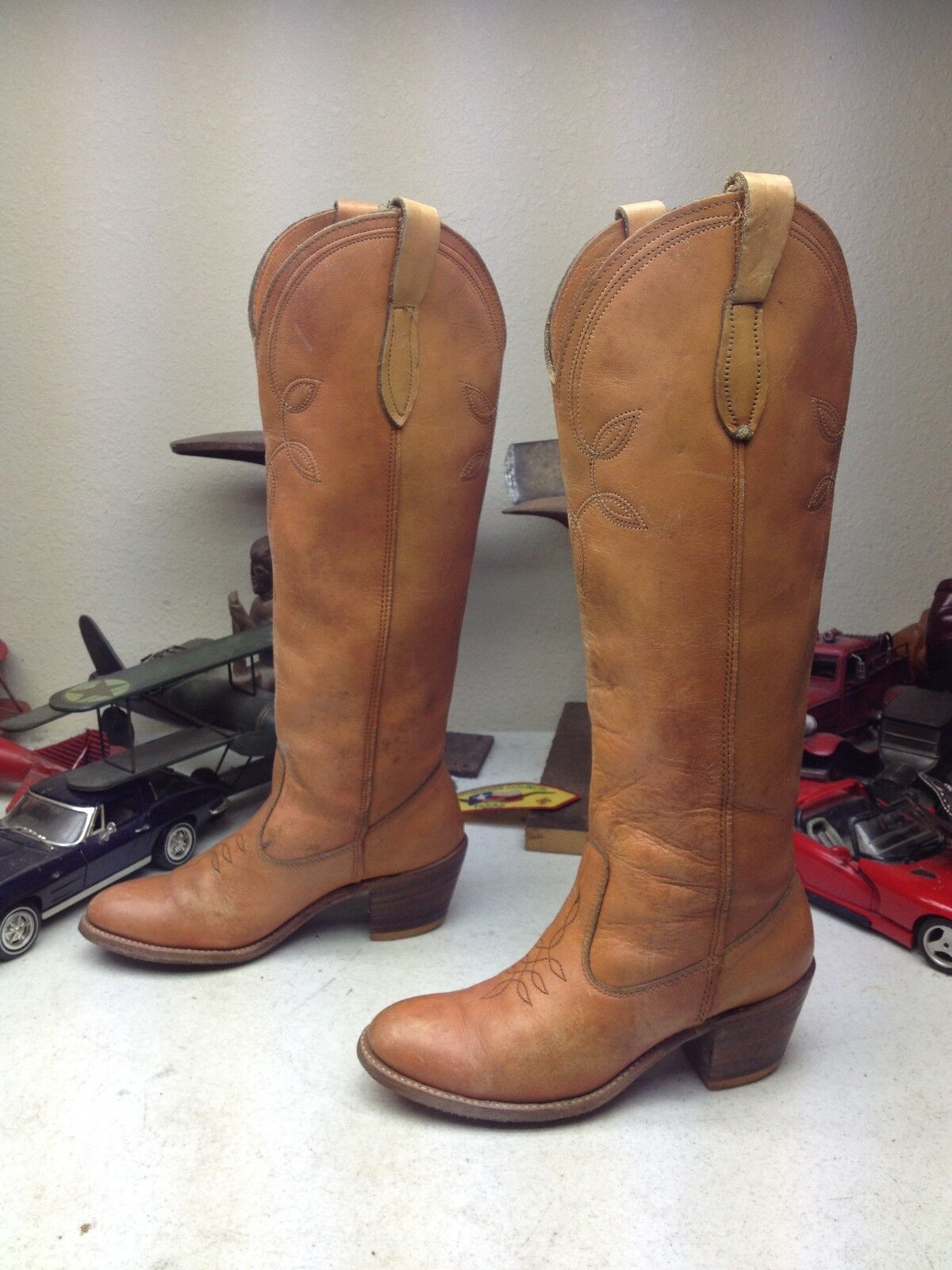 VINTAGE DISTRESSED DINGO ACME USA BROWN LEATHER KNEE HIGH FASHION Boot SIZE 6M