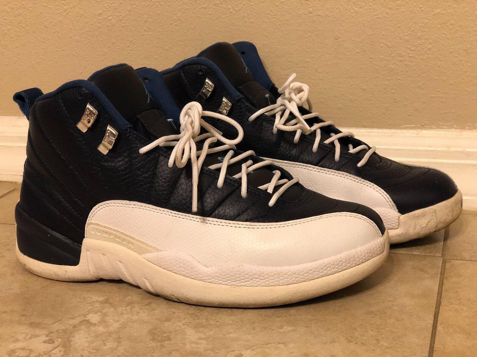 Jordan 12 azul marino y Air blancoo Tamaño 9
