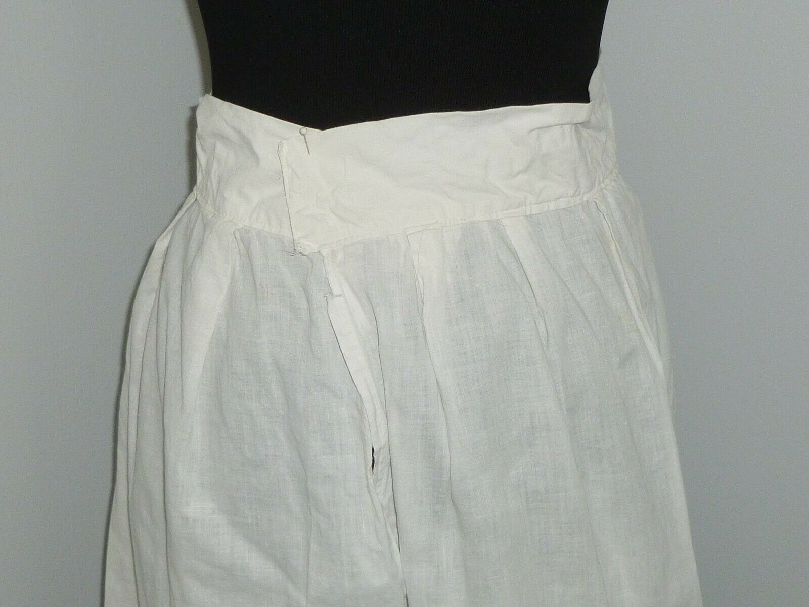 Antique LINEN Skirt~Embroidered Eyelet Lace Petti… - image 5
