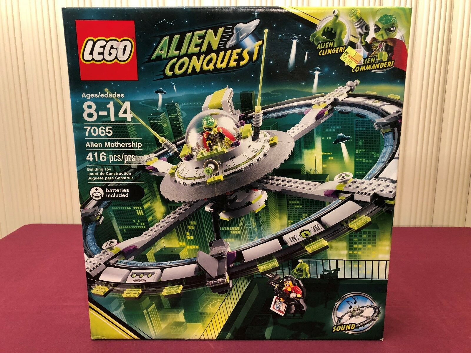 LEGO 7065 Alien Conquest- Space Alien Mothership with sound - Brand Nuovo in Box