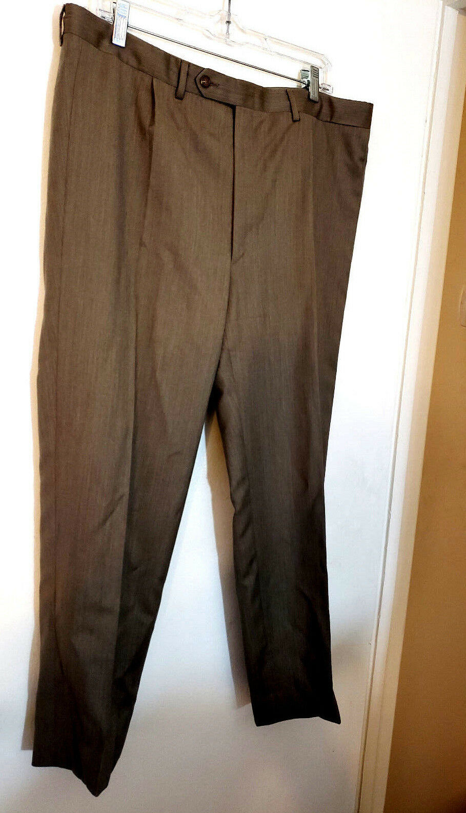 Canali Mens dress Pants 36x27.5. Light Brown flat front solid 100% Pure Wool