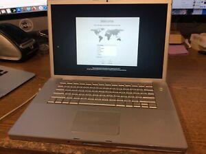 Macbook Pro 15 in (2007) Intel Core 2.2Ghz 3GB  RAM 160GB HDD No Battery