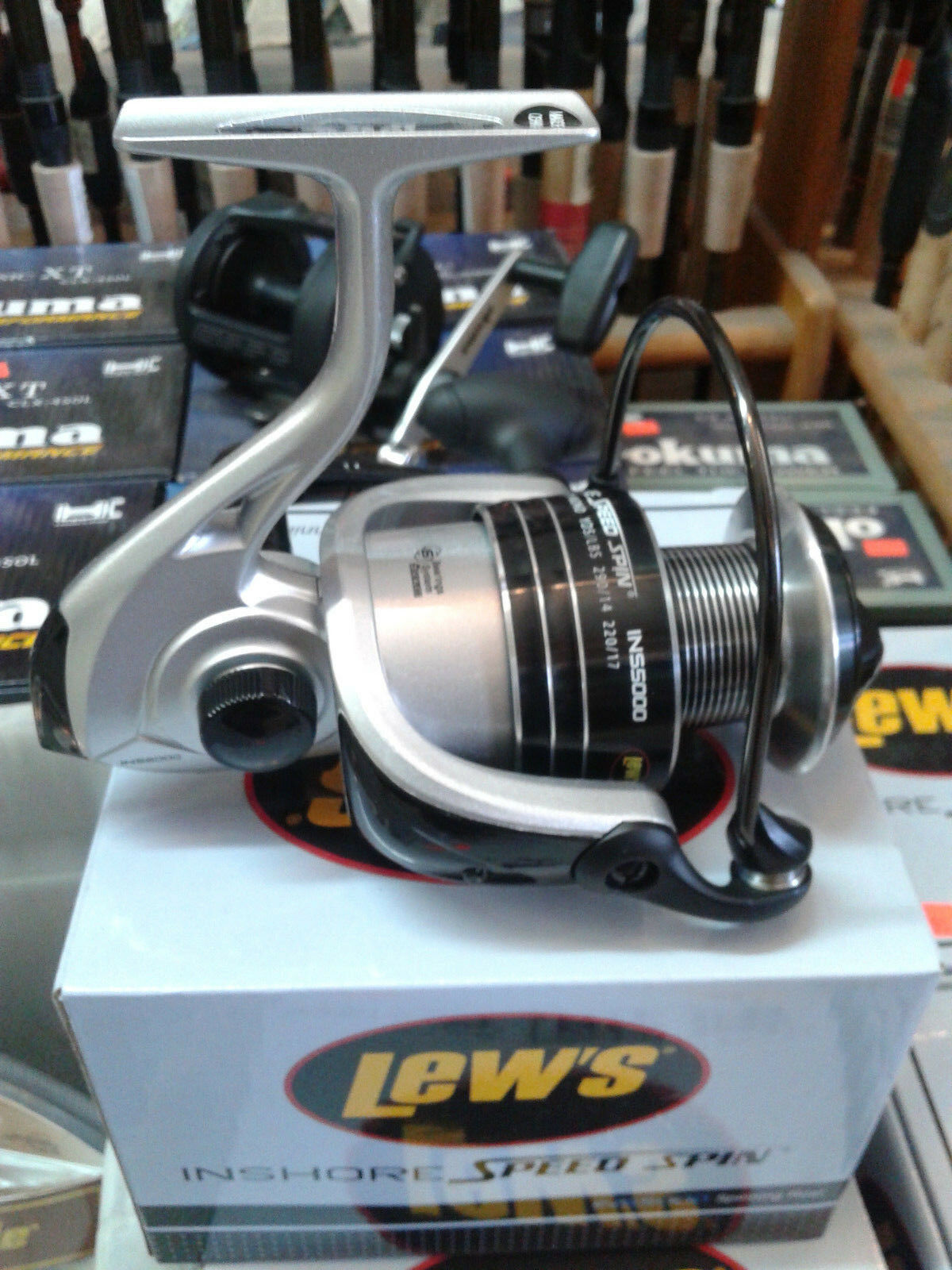 Lew's INS 5000 6.1 1 Inshore Speed Spin Saltwater Spinning Reel