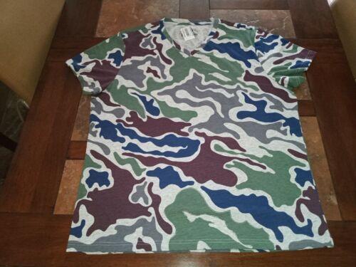 Camo V-Neck T-Shirt Colored  Short Sleeve Multi