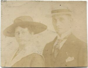Lubeck-with-the-Guest-House-Hoffmann-Jager-Alpenkorps-Soldier-1915-Photo-1-Wk