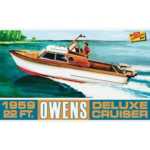 Lindberg-222-1959-Owens-Dual-Outboard-Engine-22-039-Speed-Boat-model-kit-1-25