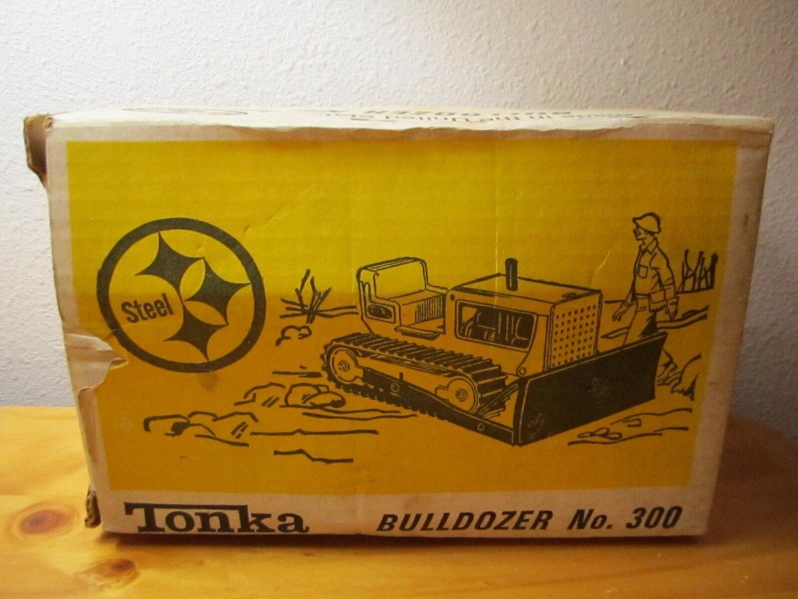 1967 Tonka Bulldozer  300 made in USA