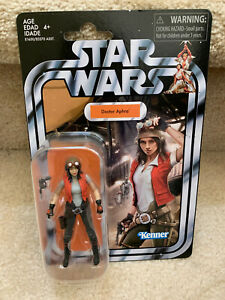 Star-Wars-The-Vintage-Collection-Doctor-Aphra-3-75-inch-Action-Figure
